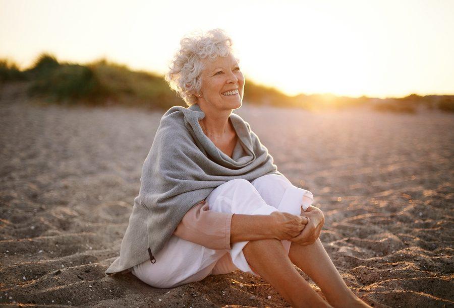 Sole e ormoni: in postmenopausa attenzione all'eccessiva esposizione